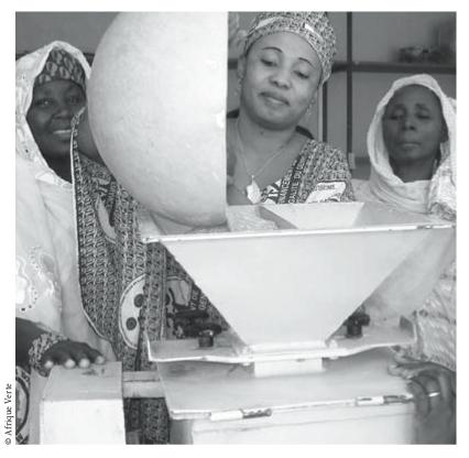 Soutenir les transformatrices de céréales au Sahel