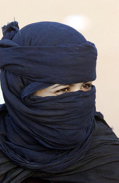 Femme dans le camp de réfugiés de Dakhla  23 Juin 2003, Algeria. UN Photo/Evan Schneider/ Flickr (CC)