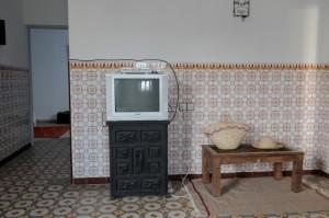 Les télévisions marocaines n'incitent pas au changement des mentalités (Maroc 2009). Photographie  philippe DEVILLIERS (flickr c.c)